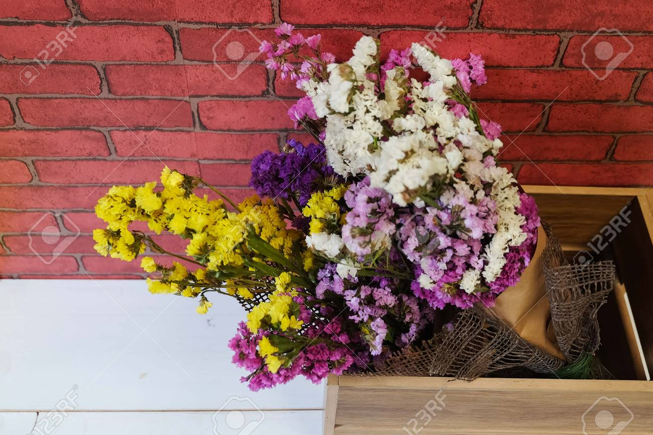 Dry Flower Bouquet In Wood Box Stock Photo, Picture And Royalty Free ...