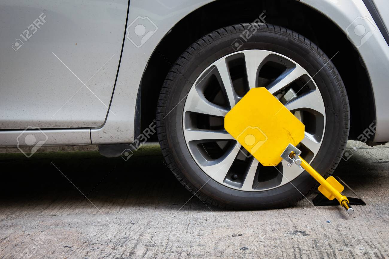 Car Anti Theft >> Wheel Lock For Anti Theft With The Car On The Road Or Concrete