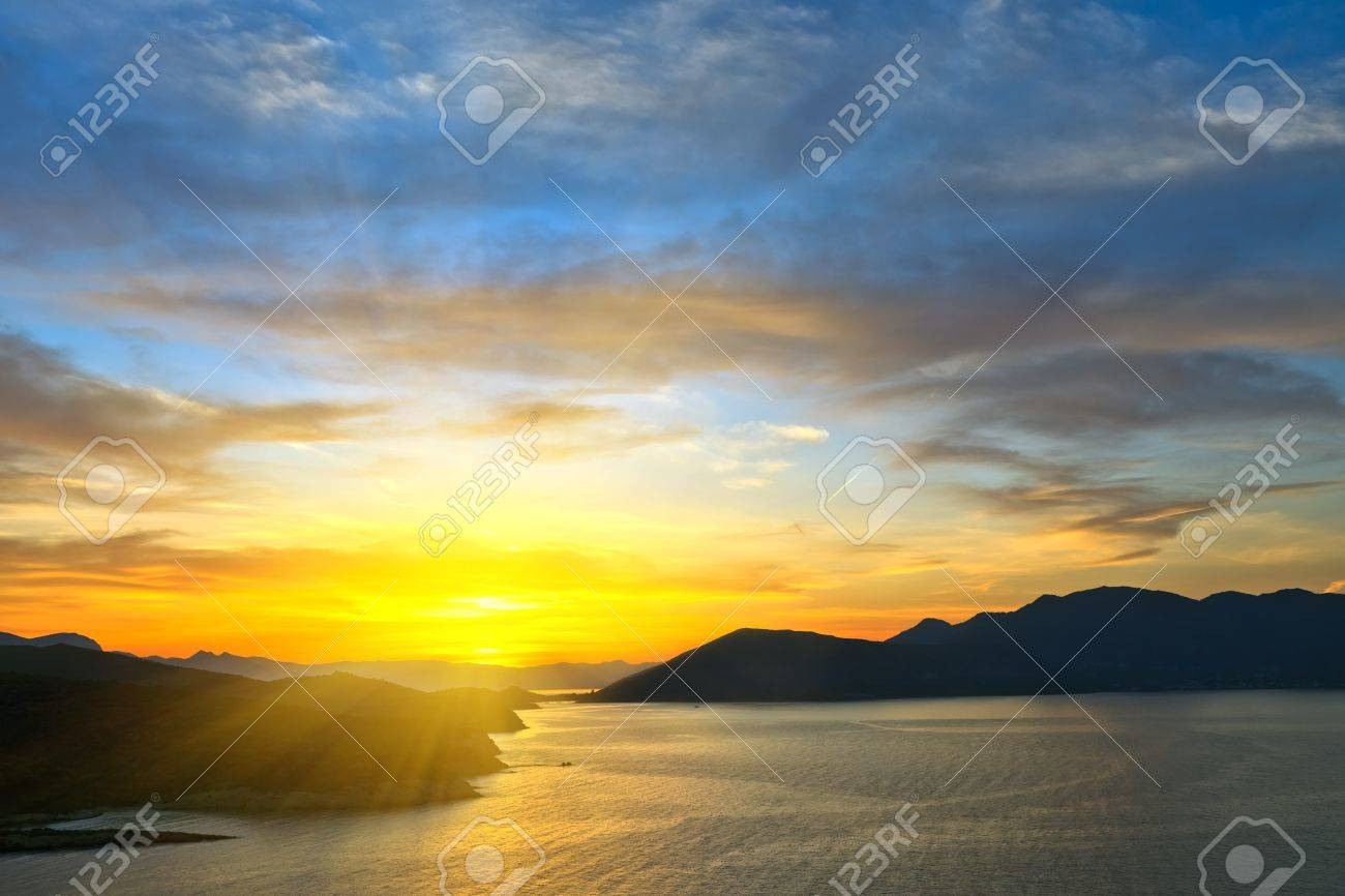 Beautiful sunset over Aegean sea, Greece Stock Photo - 7554087