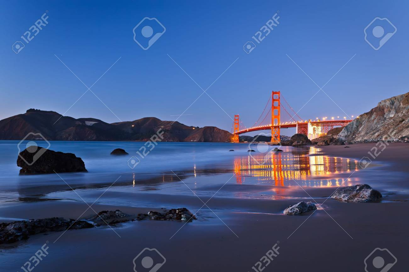 Golden Gate Bridge after sunset, San Francisco Stock Photo - 8544133