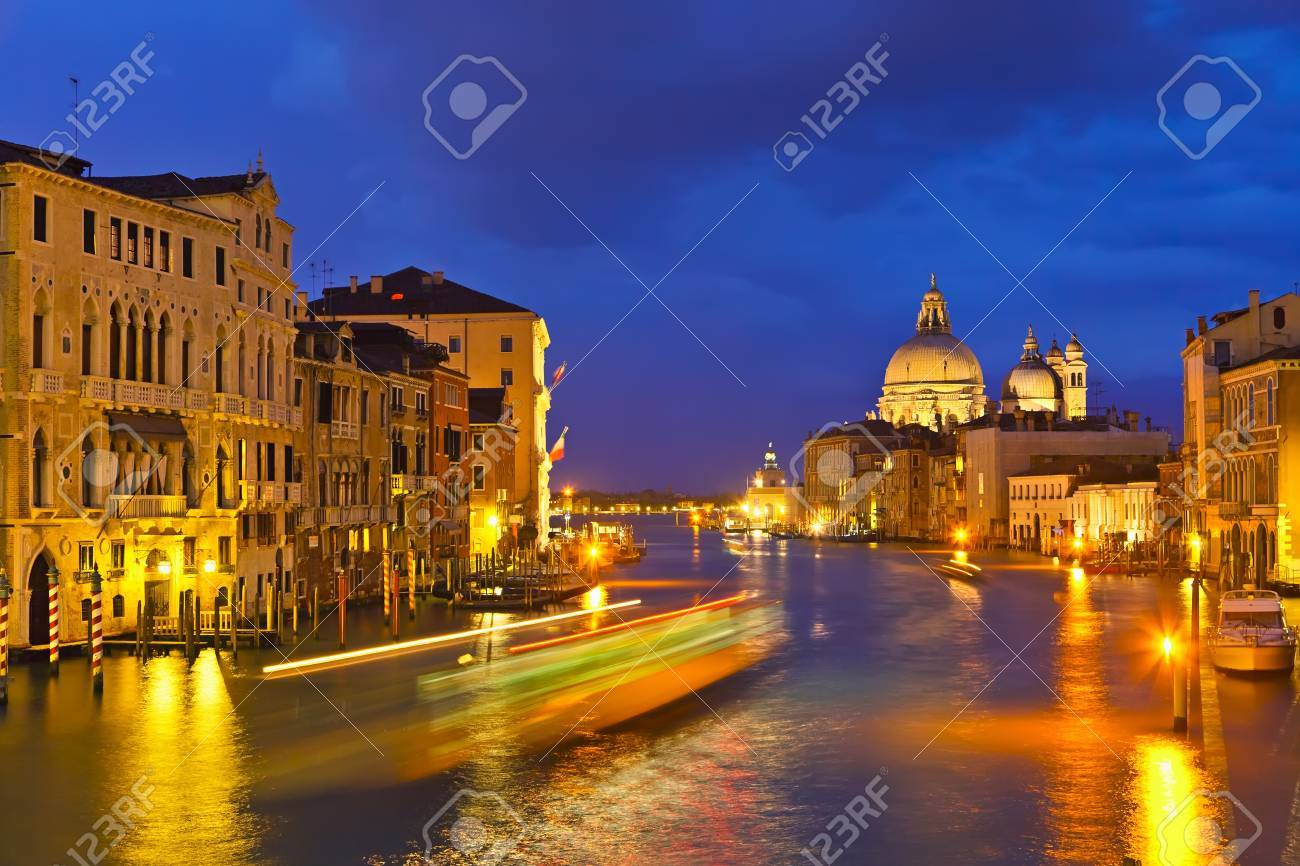 Grand canal at evening, Venice Stock Photo - 9081018