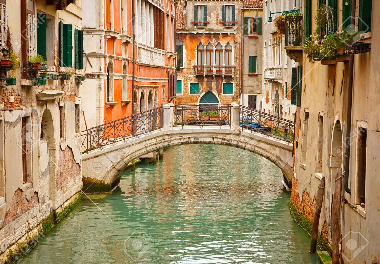Canal in Venice Stock Photo - 9081046