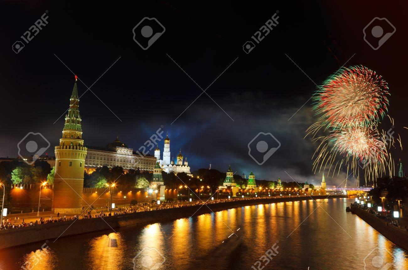 Fireworks over Moscow Kremlin Stock Photo - 9328988