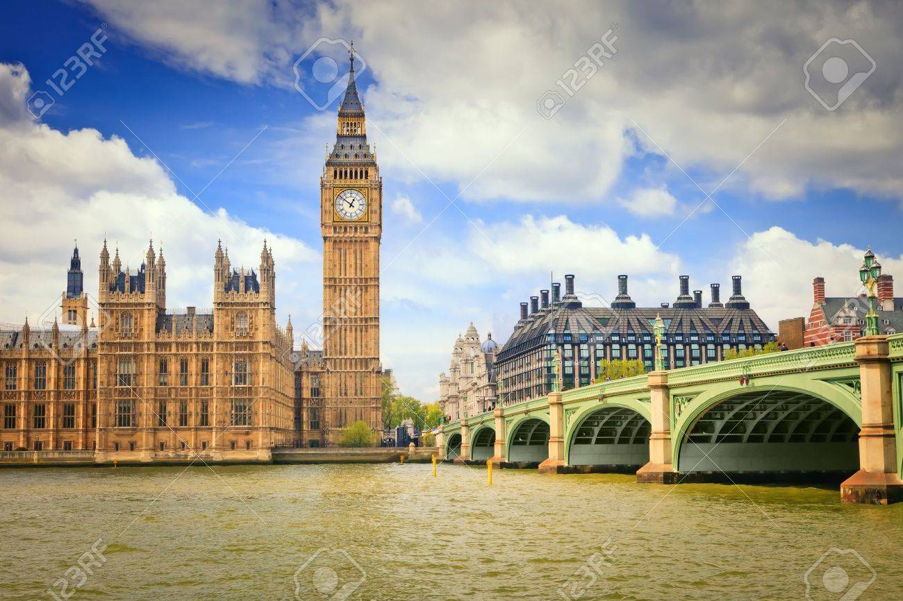 Big Ben and Houses of Parliament Stock Photo - 10243434