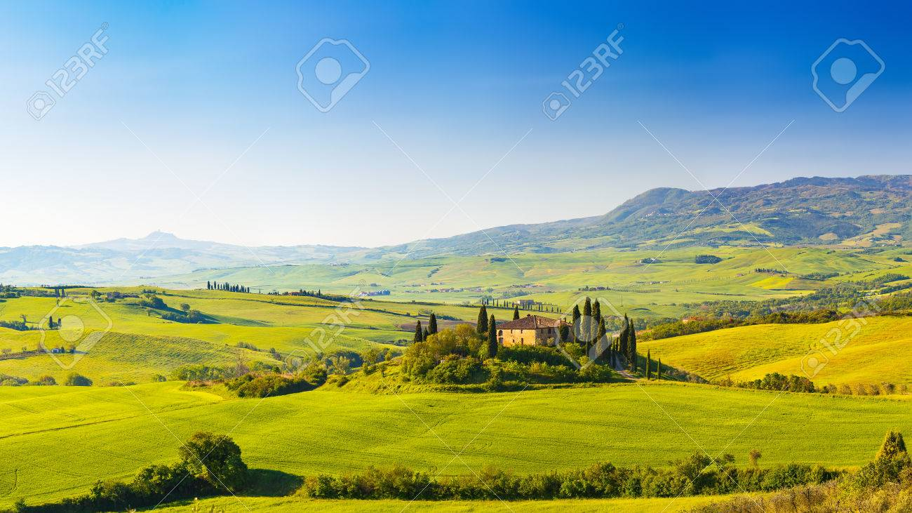 Toscane au printemps Banque d'images - 37573274