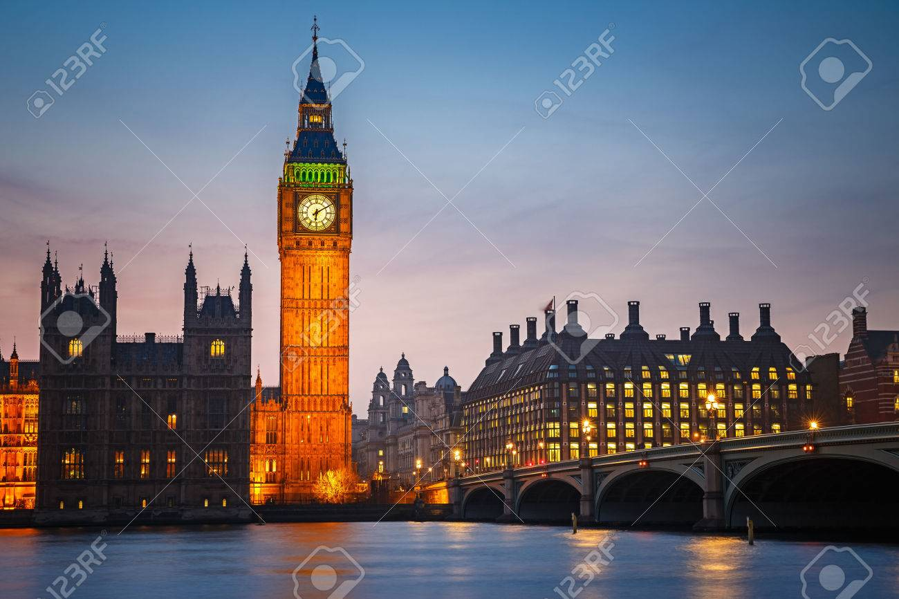 Big Ben and westminster bridge at dusk in London - 44152166