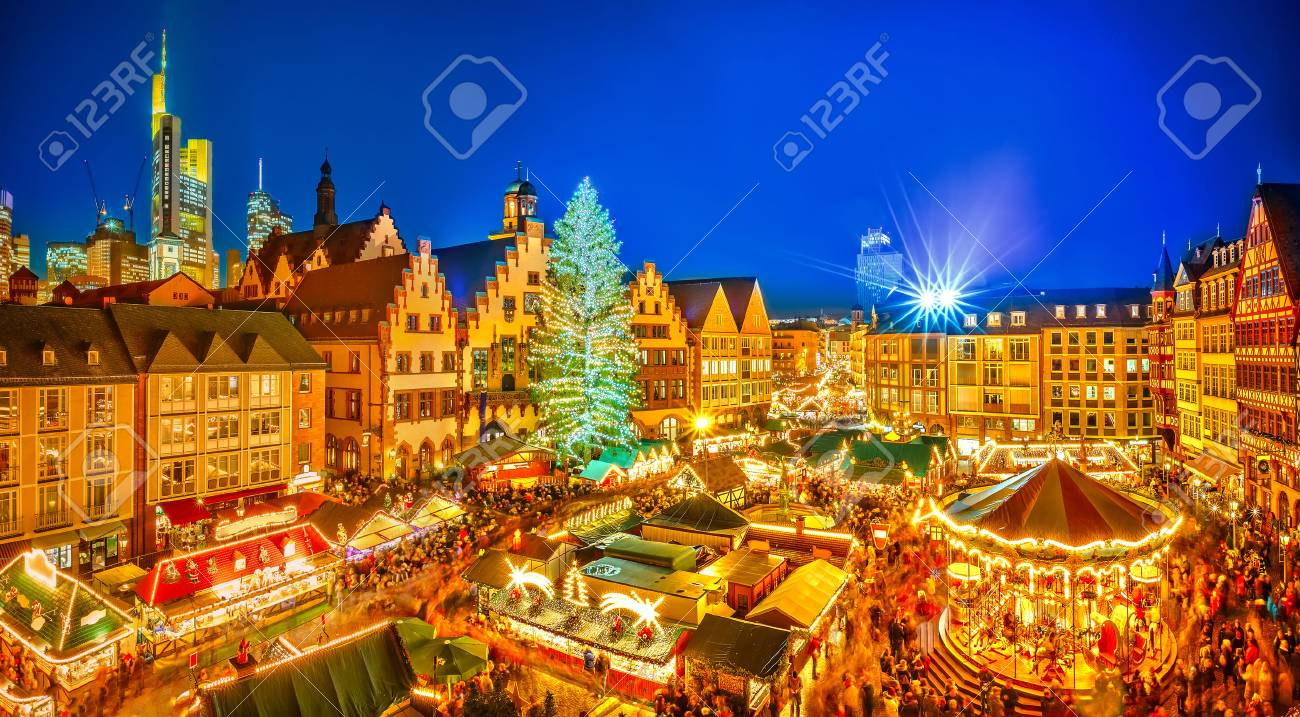 Traditional christmas market in the historic center of Frankfurt, Germany - 64819829