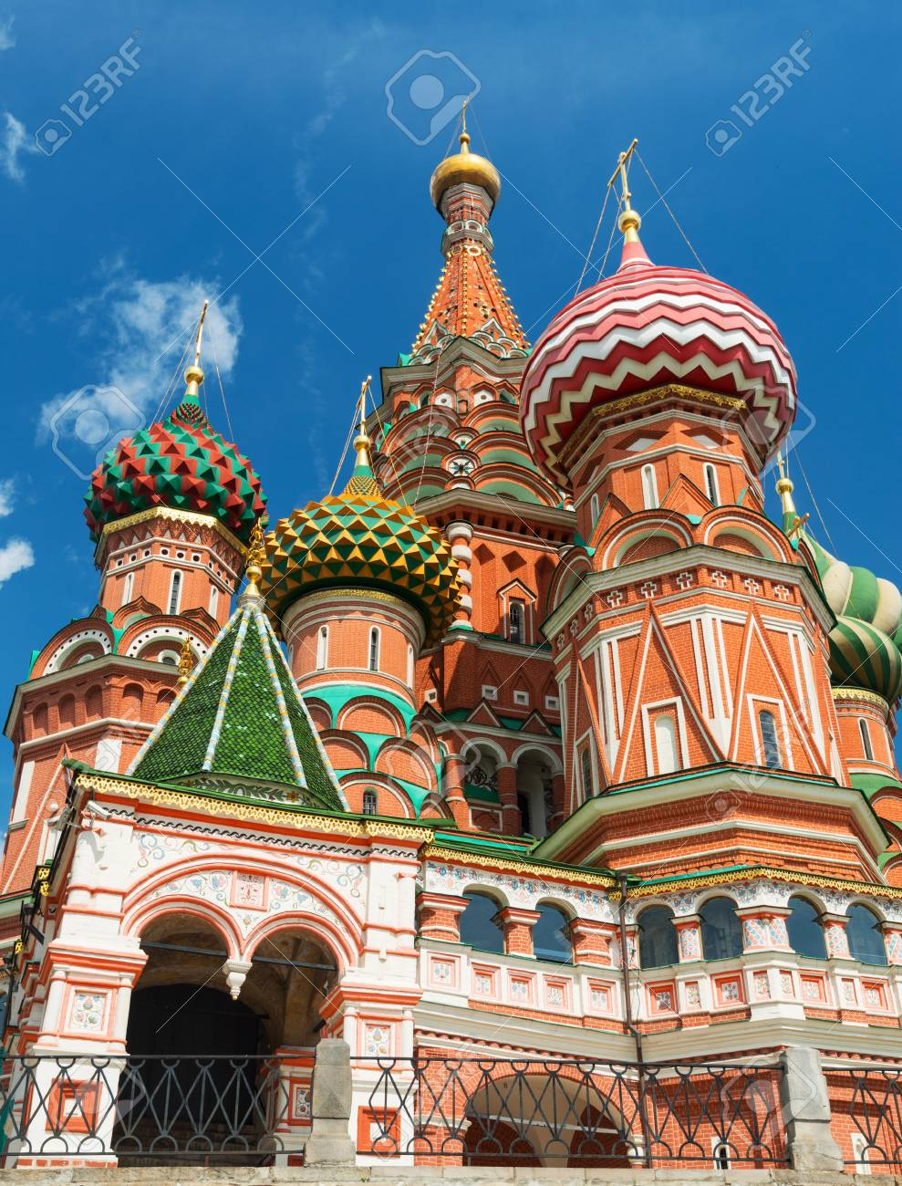 Saint Basil cathedral on the Red Square in Moscow, Russia   Pokrovsky Cathedral Stock Photo - 21149449