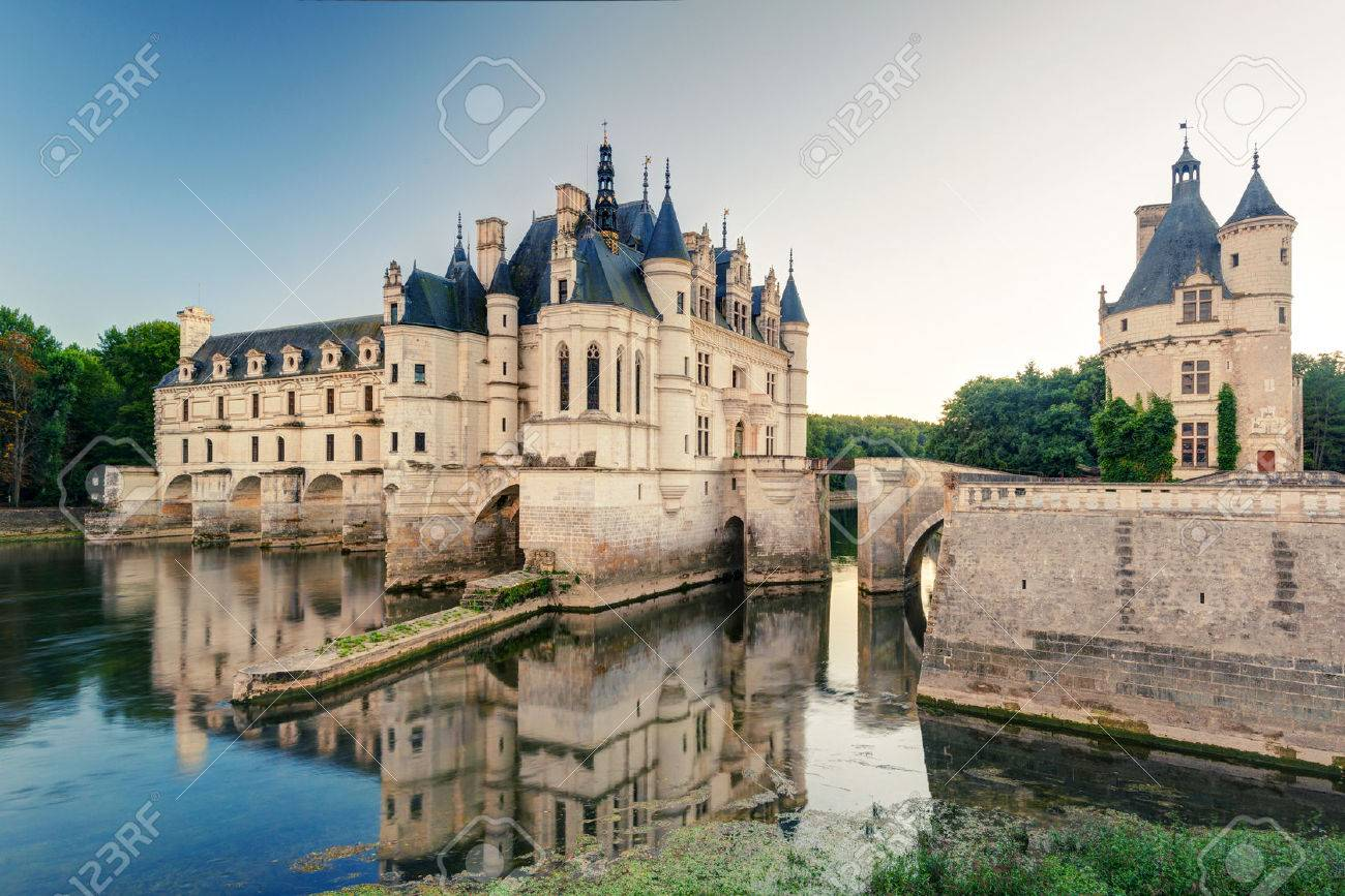 Le Château de Chenonceau, France Ce château est situé près du petit village de Chenonceaux dans la vallée de la Loire, a été construit dans les 15-16 siècles et est une attraction touristique Banque d'images - 26187232