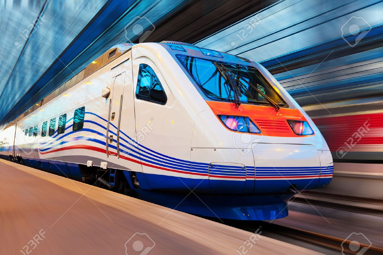 Modern high speed train with motion blur effect Stock Photo - 10893964