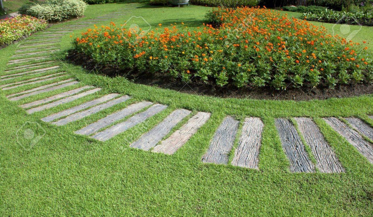 jardines pblicos y arbustos plantas y flores foto de archivo