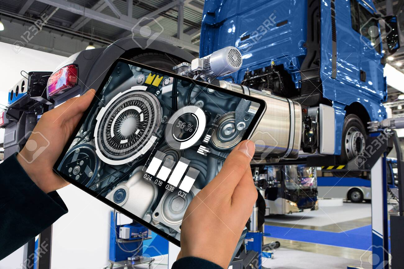 Repairing a truck with augmented reality - 139896634