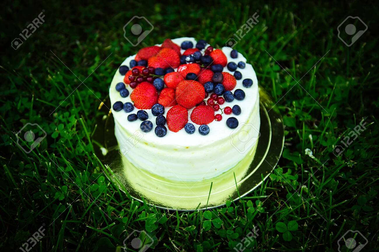 Outstanding Delicious Cake With Cream And Fresh Berries On Background Of Funny Birthday Cards Online Inifodamsfinfo