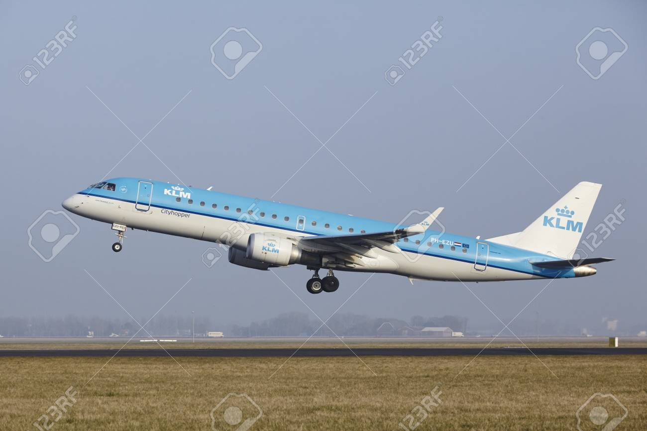 An Embraer ERJ-190STD of KLM Cityhopper takes off at Amsterdam