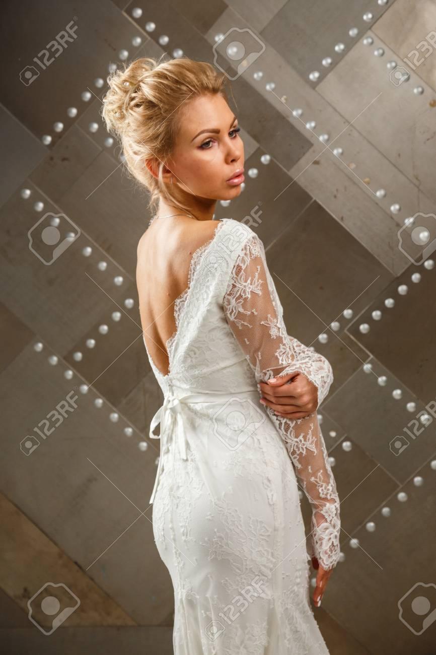 Ungewöhnlich Niedliche Weißen Brautkleider Bilder - Hochzeit Kleid ...