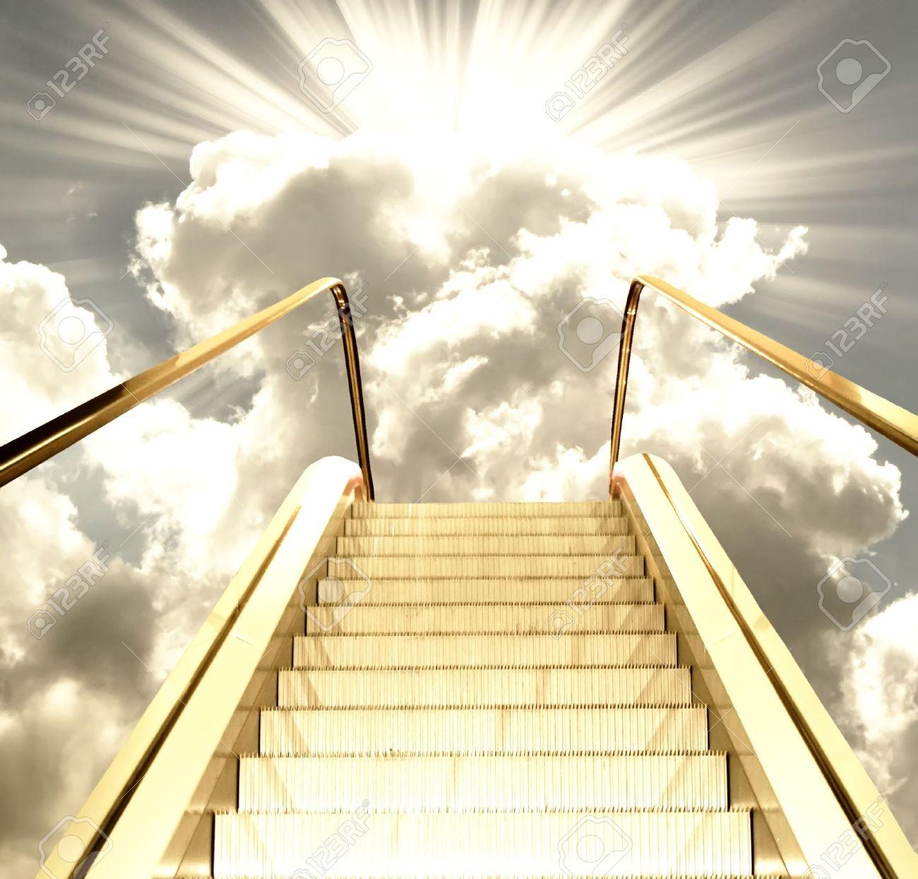 Résultats de recherche d'images pour «HEAVEN GOLDEN STAIR»