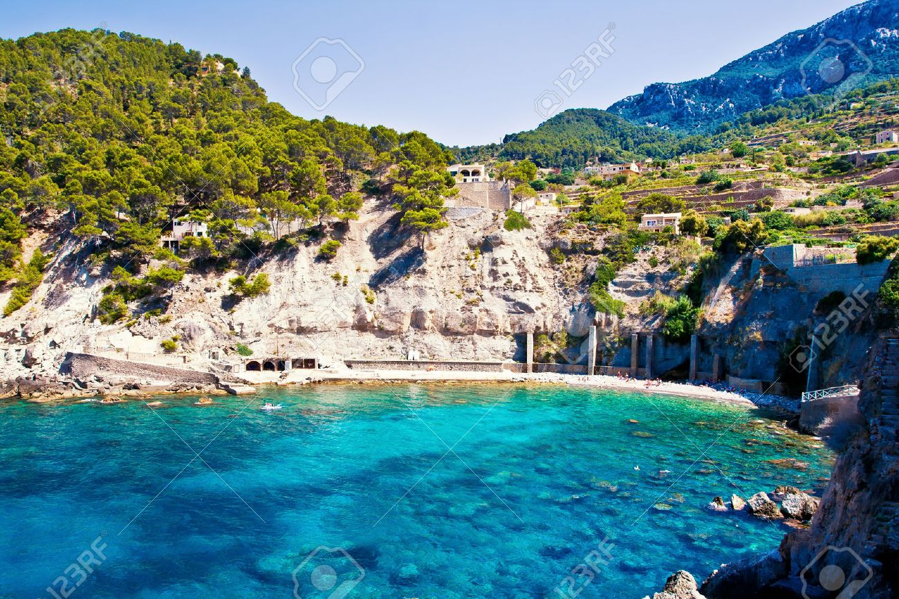 Beautiful lagoon Cala Banyalbufar in Mallorca island, Spain - 26081720