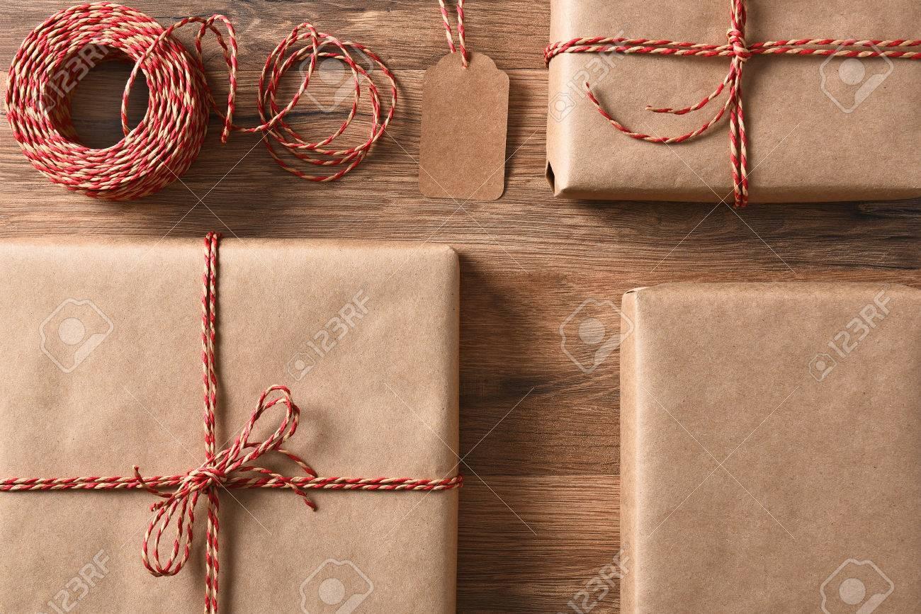 Weihnachtsgeschenke Mit Umweltfreundlichen Und Recycelbaren Papier ...