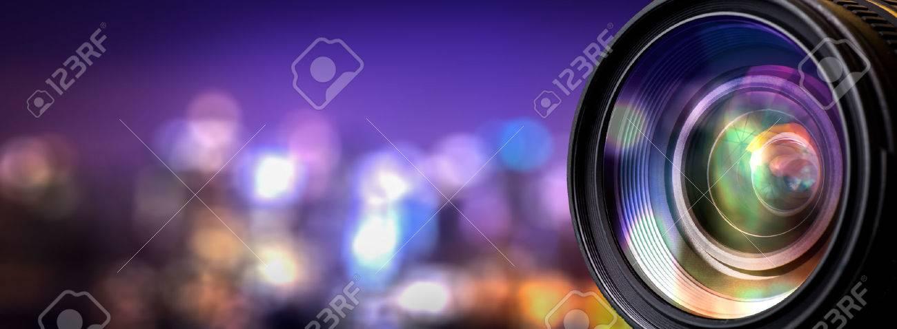 Lentille de l'appareil photo avec des reflets de Lense. Banque d'images - 55613440