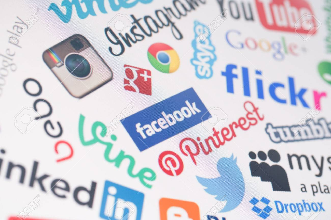 BELCHATOW, POLAND - DECEMBER 28, 2014: Popular social media website logos on computer screen Stock Photo - 61756123