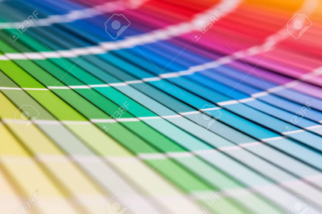 Muestras De Color De Libros. Arco Iris Colorea El Catálogo De La ...