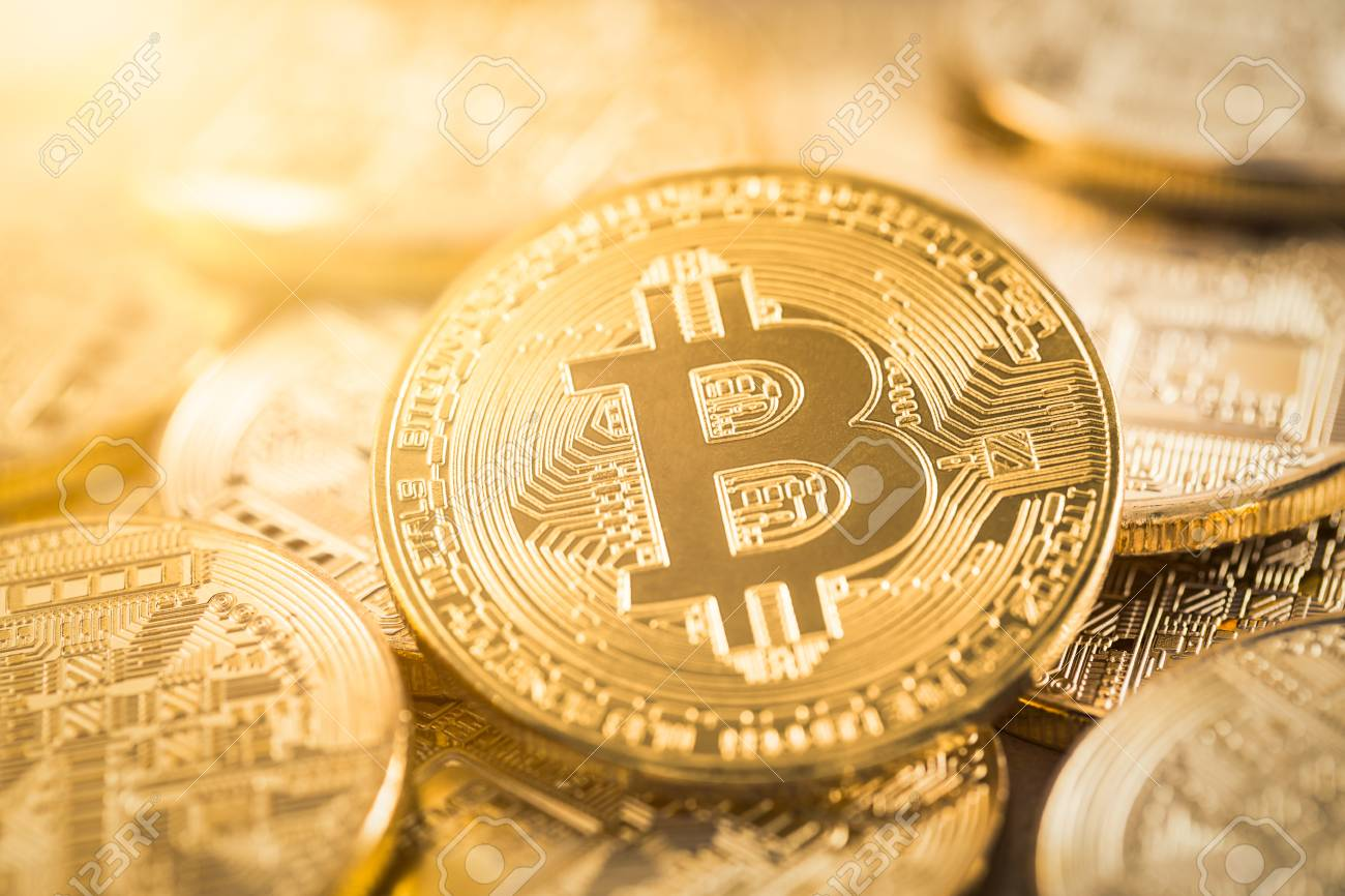 Bitcoin gold coin. Cryptocurrency concept. Virtual currency background. - 96039470