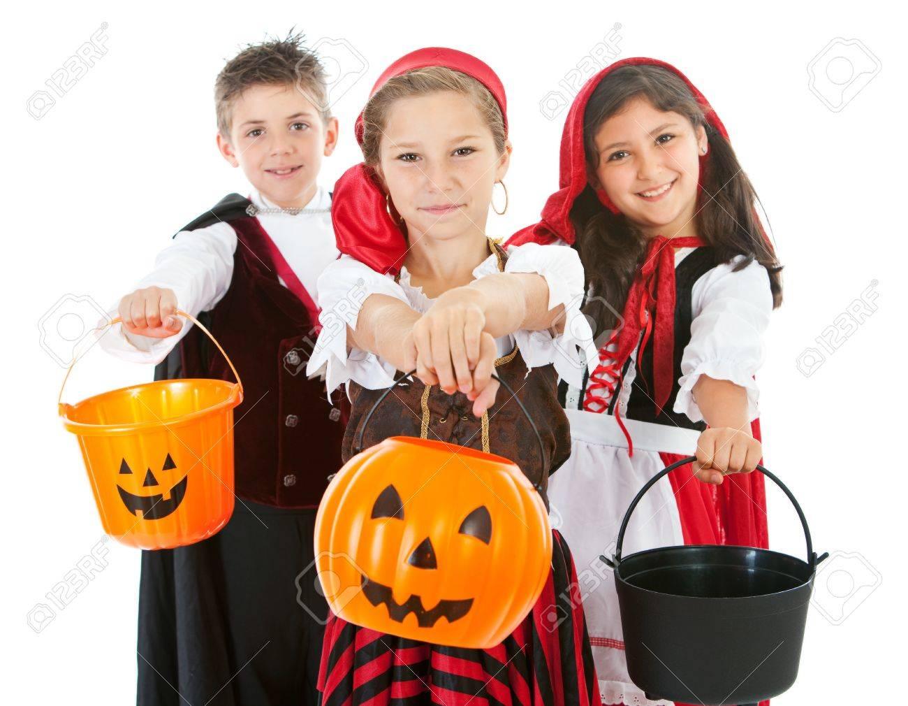 Kinderen Halloween.Halloween Serie Met Schattige Kinderen Verkleed Als Dracula Een Piraat En Roodkapje Geisoleerd Op Wit