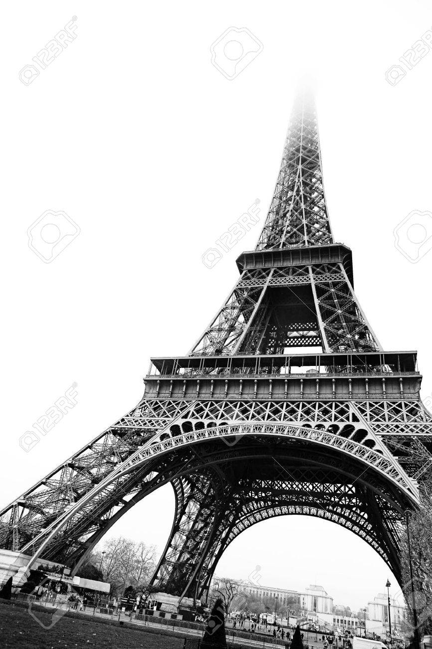 The Eiffel Tower in Paris, France. Black and white - copy space. Stock Photo - 453603