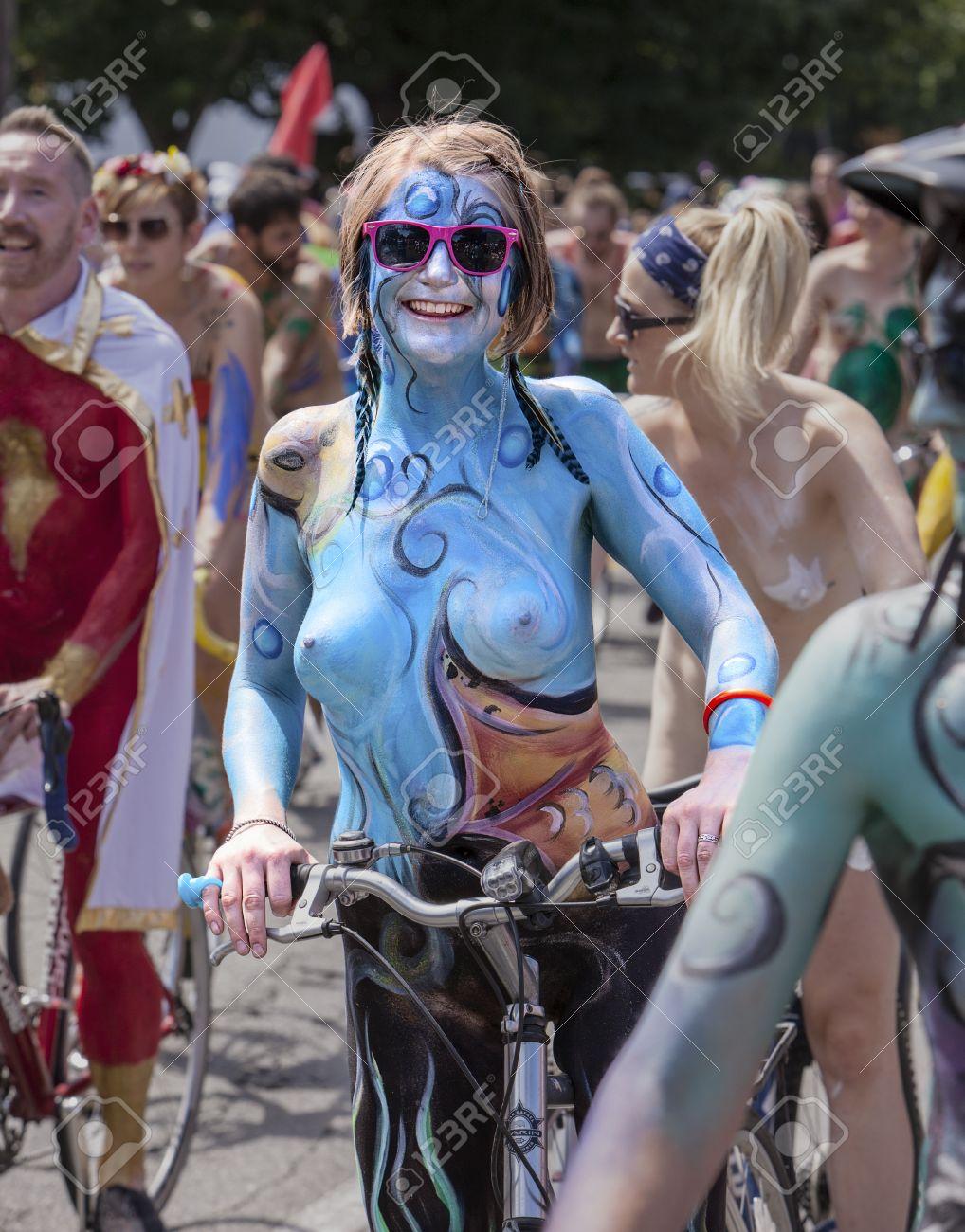Nude sluty curvy women