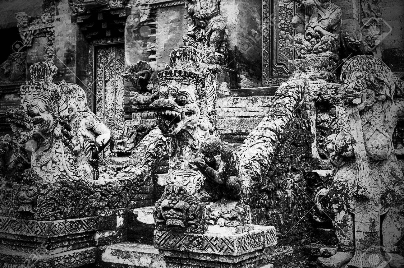 Bali Indonesia November 4 2012 Stone Statues And Stairs