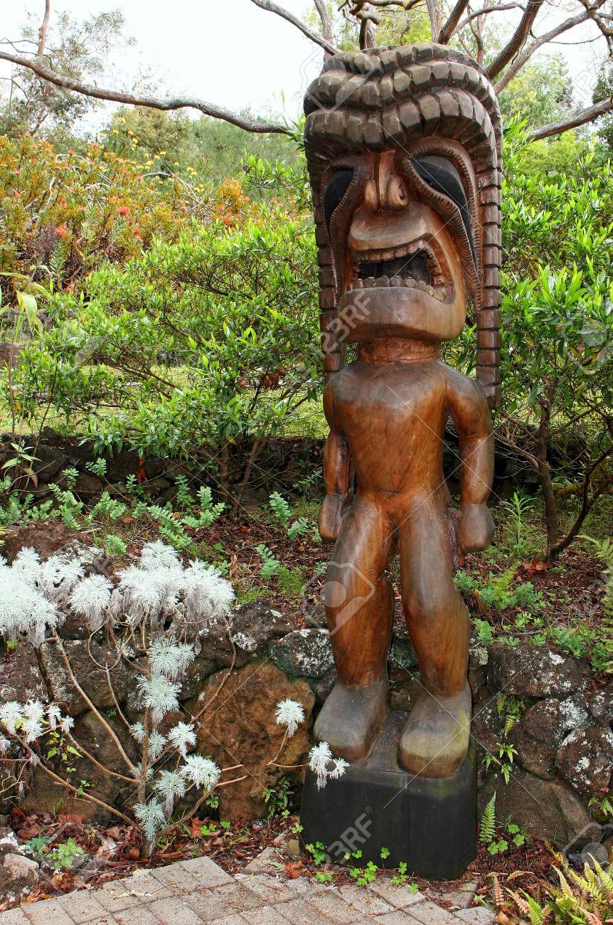 Tiki Wood Carving In The Beautiful Kula Botanical Garden Kula ...