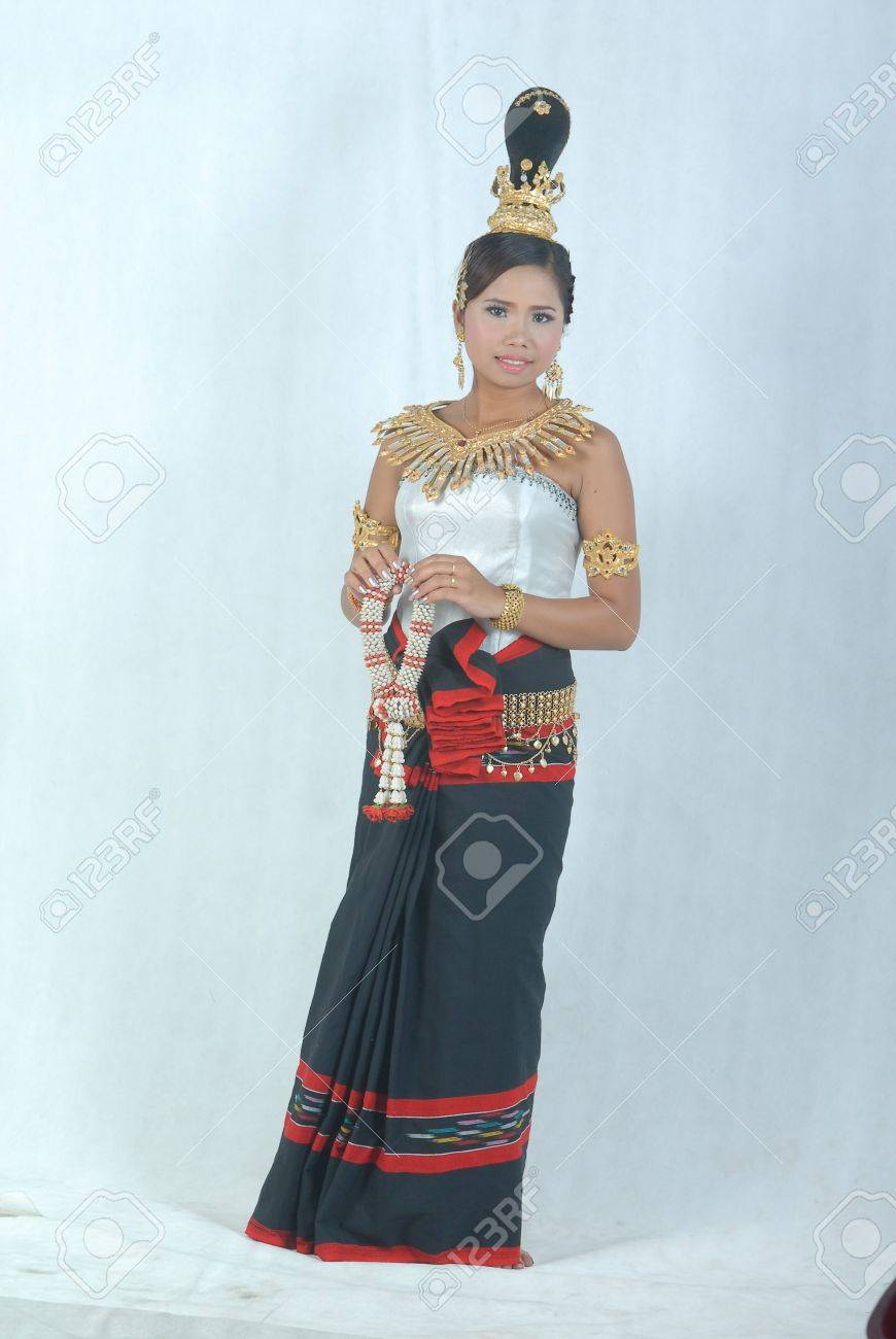 A Cambodian (Khmer) girl dressed in Cambodian custom/tradition. It - 10669722