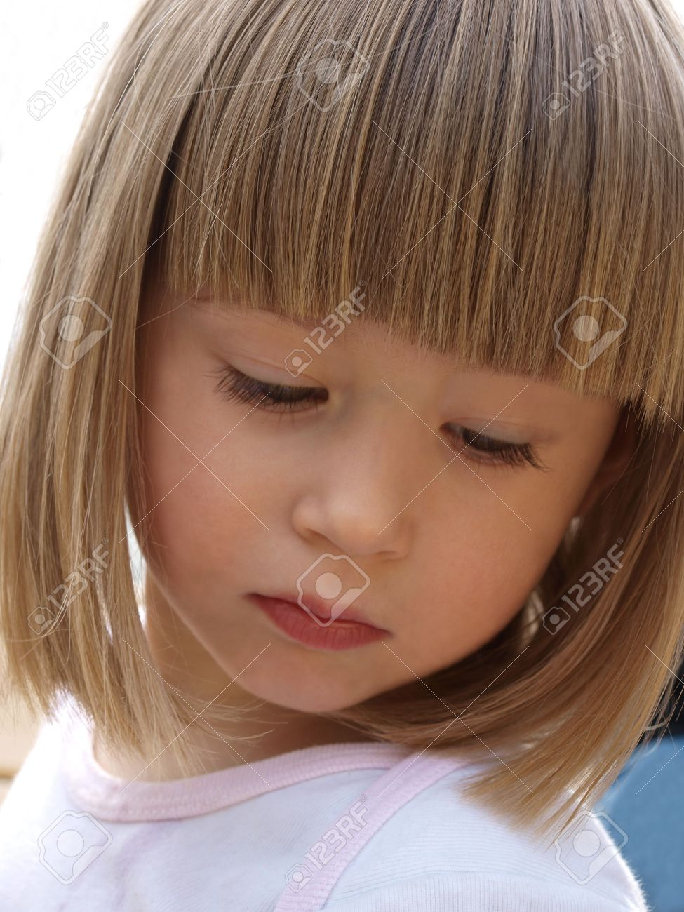 Фото стрижки детей с челкой