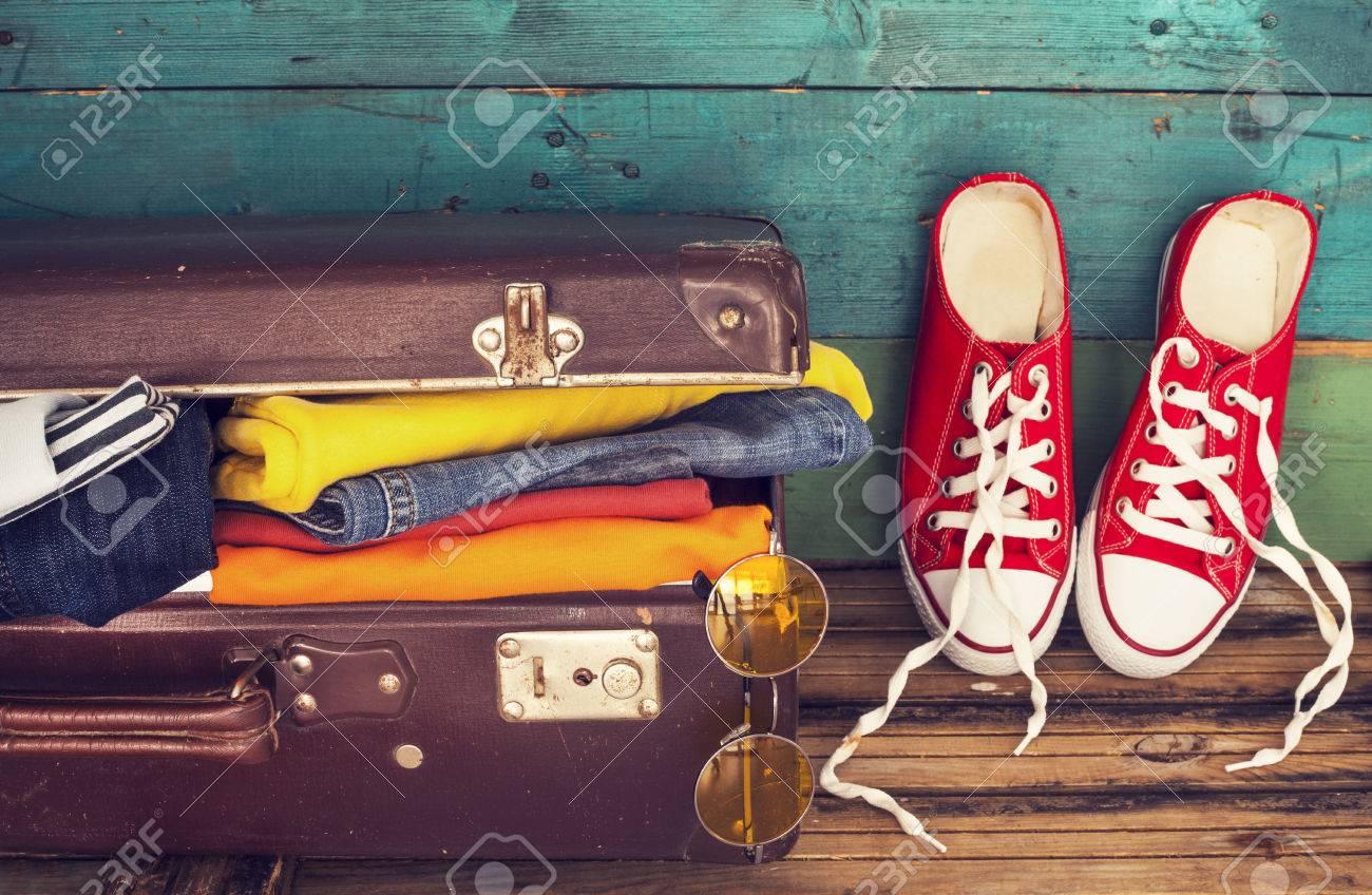 Holiday suitcase - 50028698