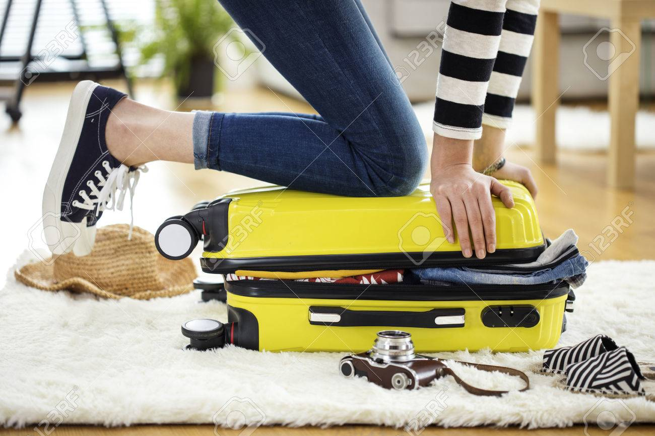 Preparation travel suitcase at home - 74513352