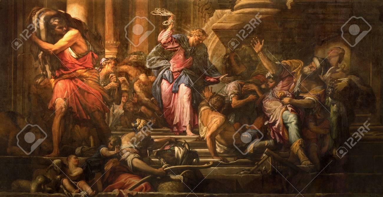VENICE, ITALY - MARCH 12, 2014: Paint of Jesus Cleanses the Temple (Cacciata dei profanatori dal tempio) scene (1678) in church Chiesa di San Pantalon by Giovanni Antonio Fumiani. - 32195557