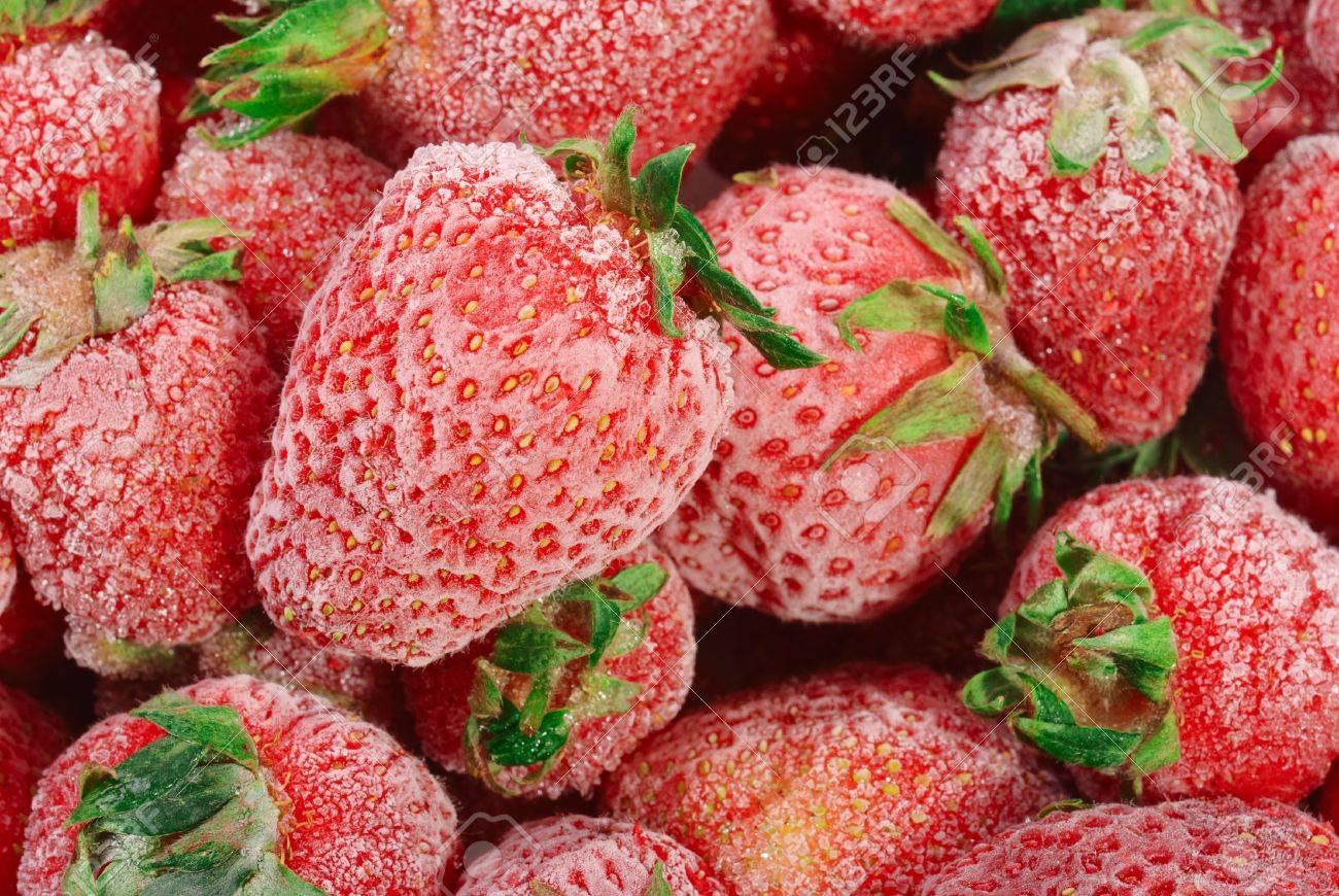 Congela las fresas también para conseguir un batido frío
