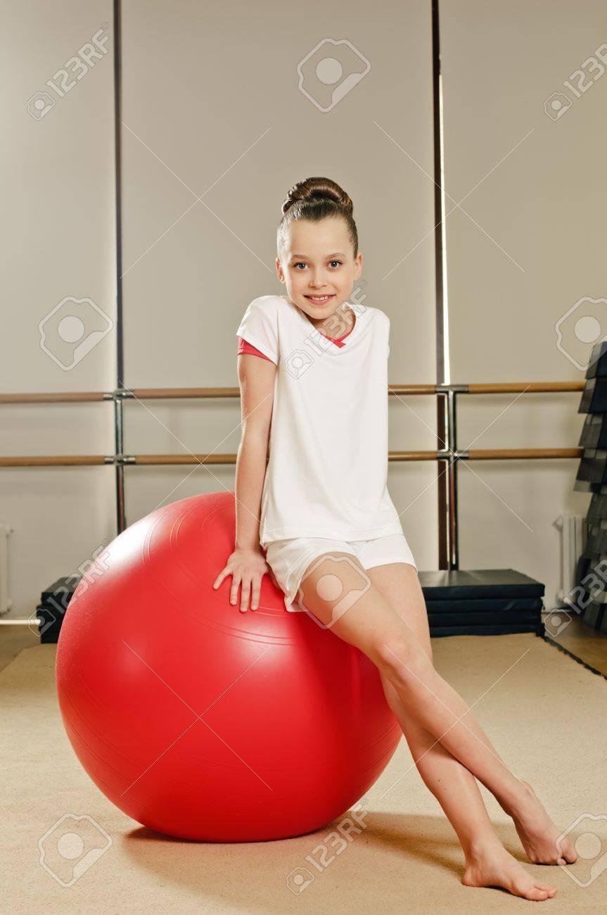 Фото с молодой гимнасткой 12 фотография