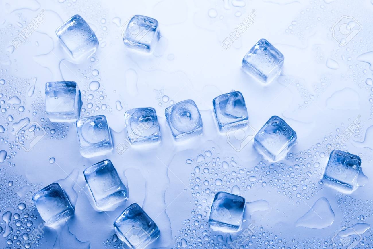 Ice cubes & aqua Stock Photo - 8808385
