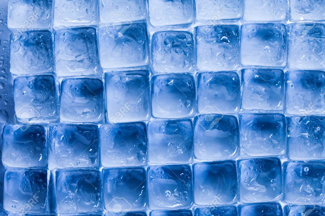 Ice cubes & aqua Stock Photo - 9153954