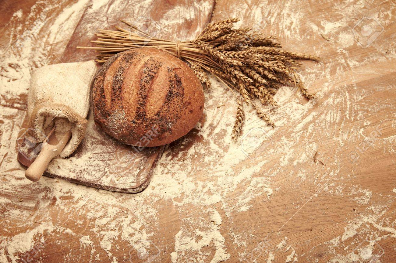 Traditional bread Stock Photo - 14902385