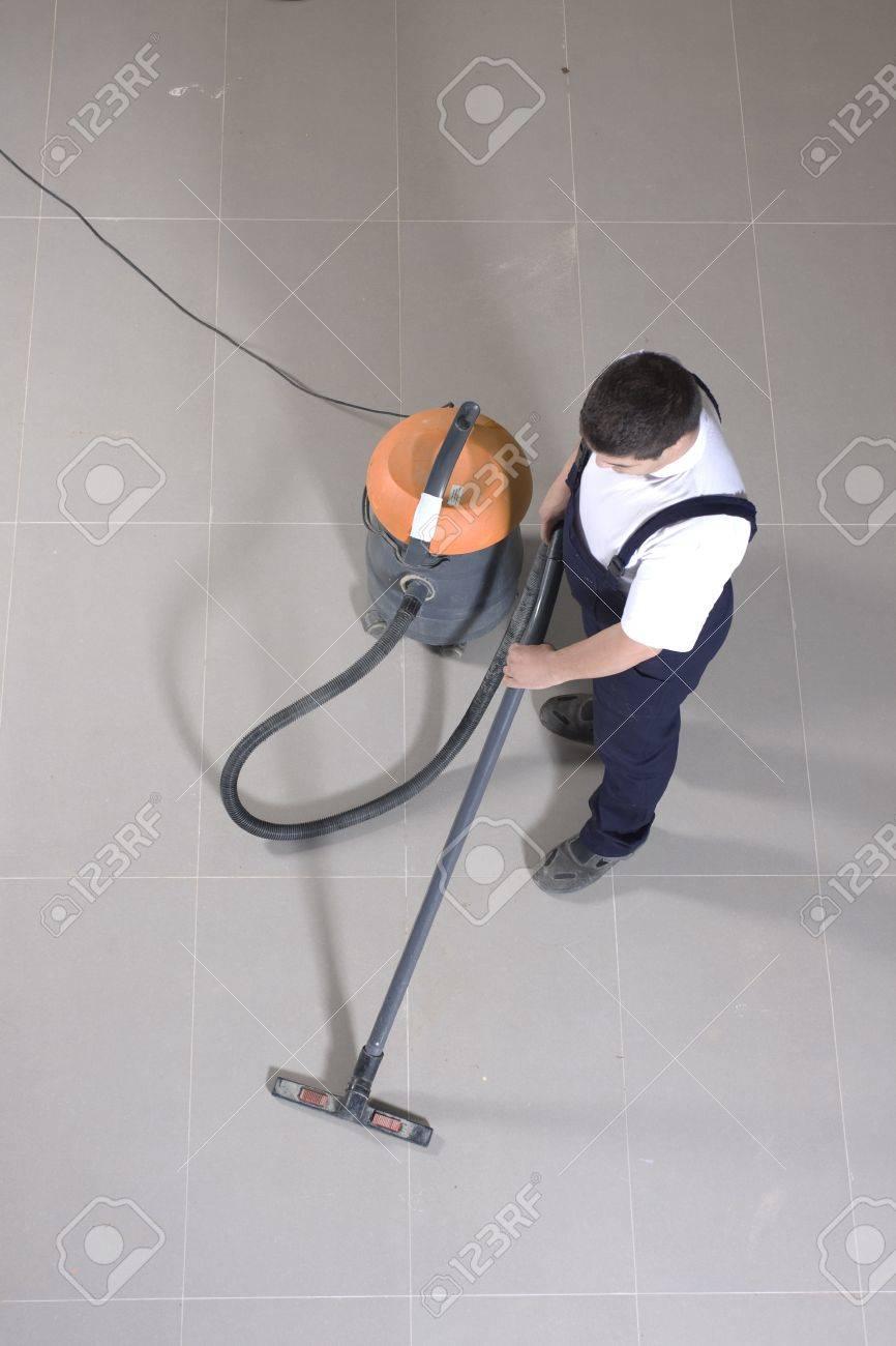 Reinigung Boden Mit Maschine Lizenzfreie Fotos Bilder Und Stock