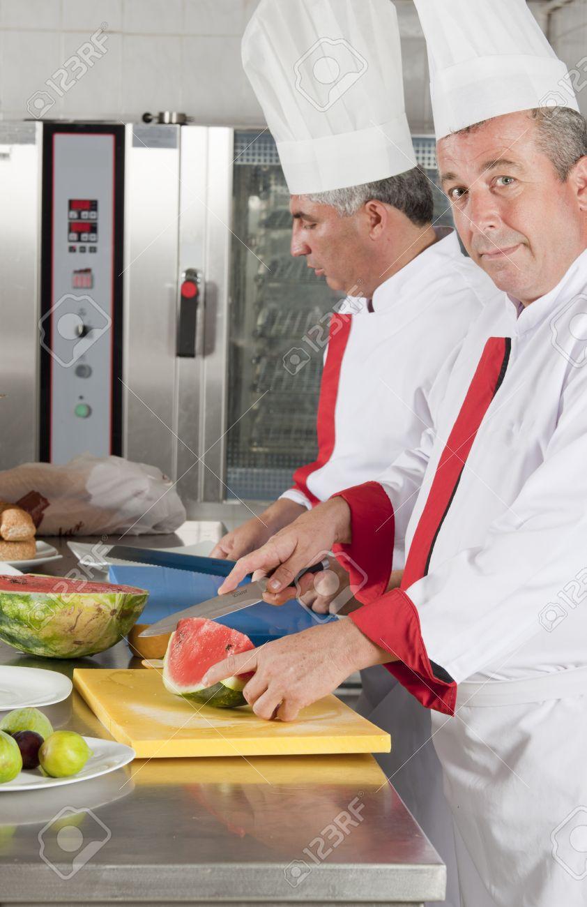 Kochen, Damit Beschäftigt, Karriere, Koch, Kleider, Kleidung ...   {Beruf koch kleidung 24}