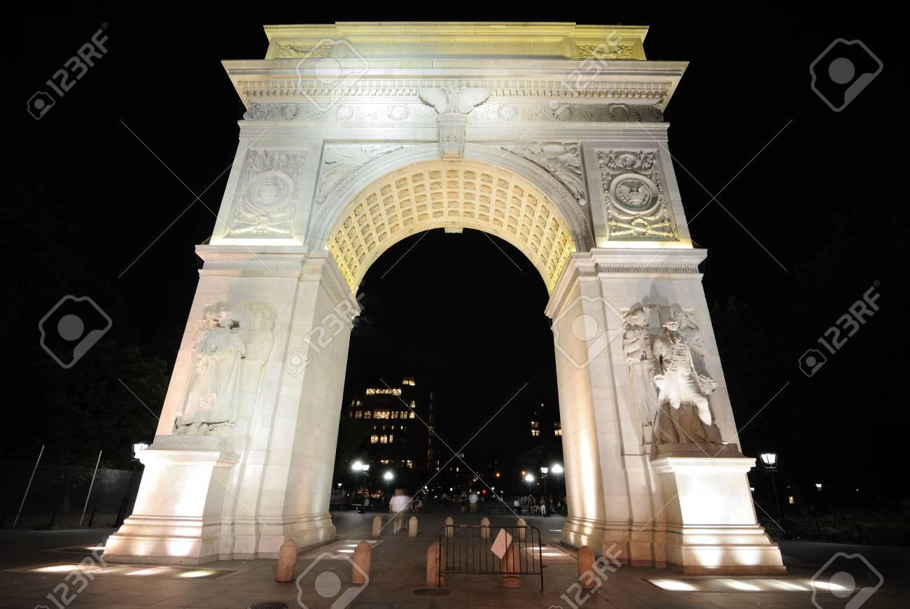 Washington Square Arch. Stock Photo - 9481660