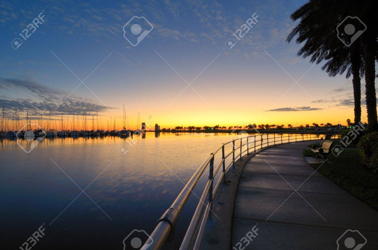 wharf at sunrise in St. Pete, Florida Stock Photo - 11890534