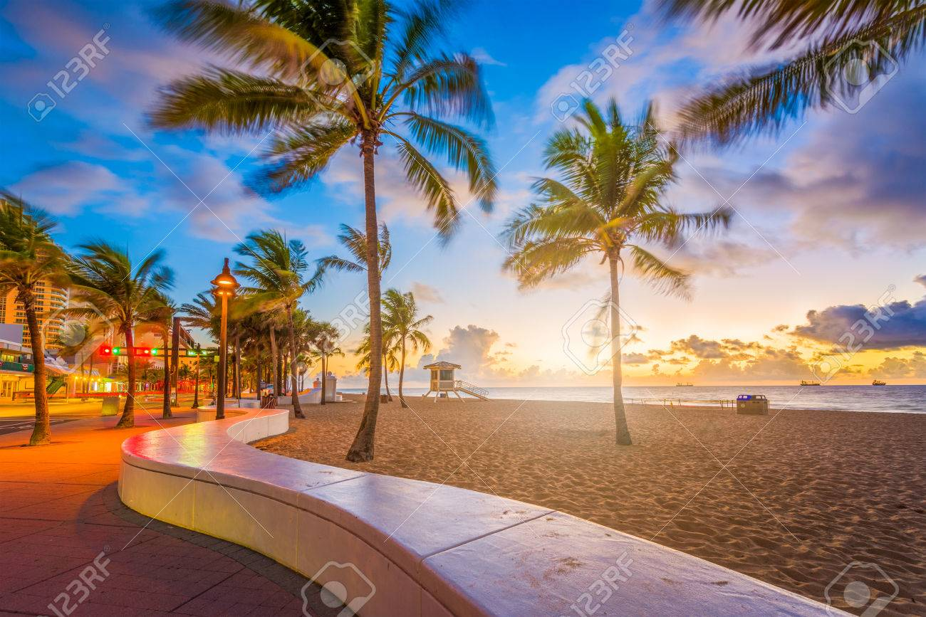 Fort Lauderdale Beach, Florida, USA at dawn. - 86263875