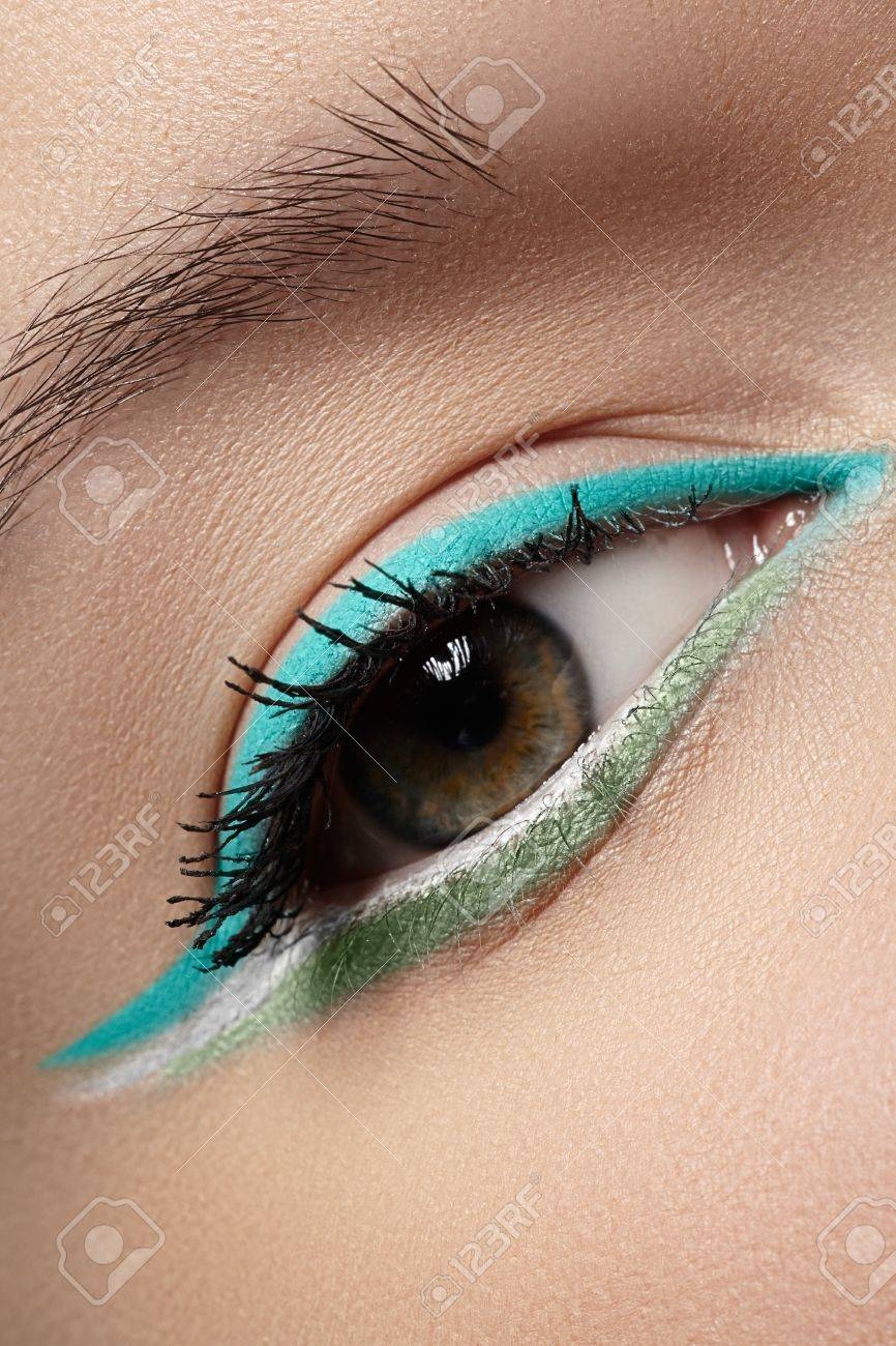 Fashion style Trend beauty the turquoise eye for lady