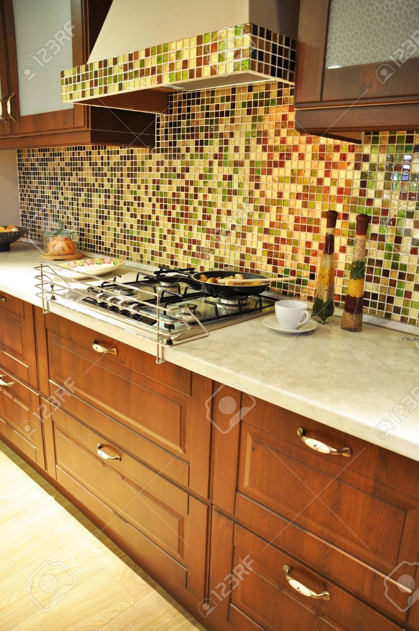 This is a modern and beautiful kitchen Stock Photo - 11037332