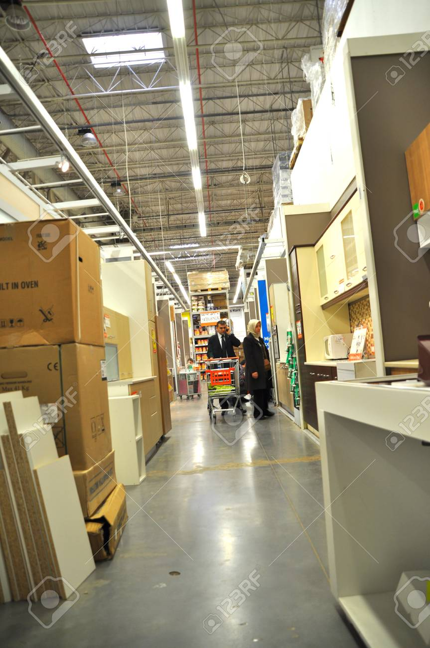 Ko�taş Istanbul Kartal, home improvement store, kitchen supplies section Stock Photo - 11390251