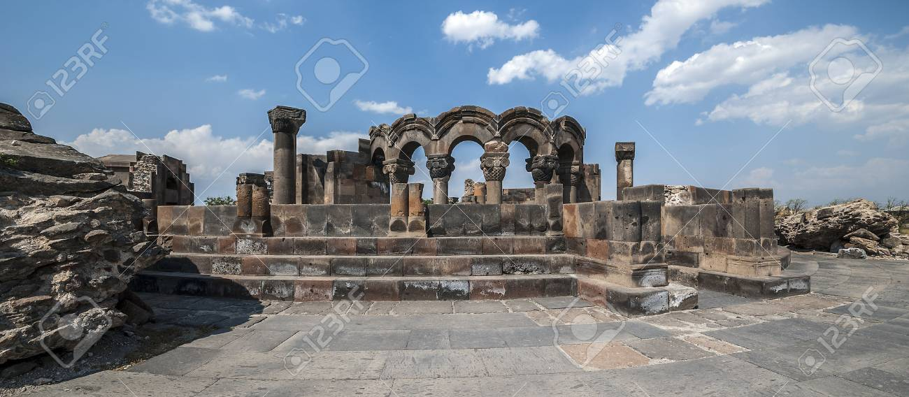 アルメニア。7 世紀に建てられた...